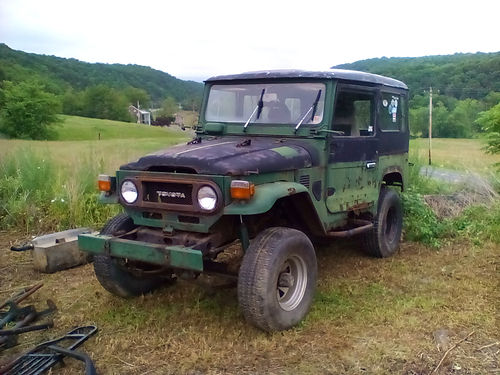 WANTED- 1963-1988 Toyota Land Cruiser FJ40-60 or Older models of Land Rover in any condition or pa