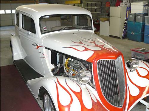 1933 FORD VICKY fiberglass body white wflames leather interior 350 Chevy auto Boyd Coddington