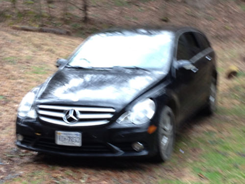 2009 MERCEDES R350 AWD loaded wleather sunroof new tires runs great 7500 423-366-2200 after 12