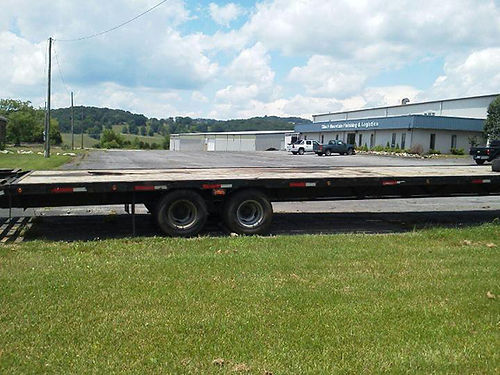 GOOSENECK TRAILER 40 dovetail flatbed trailer dual tandem axles built in storage on front rack o