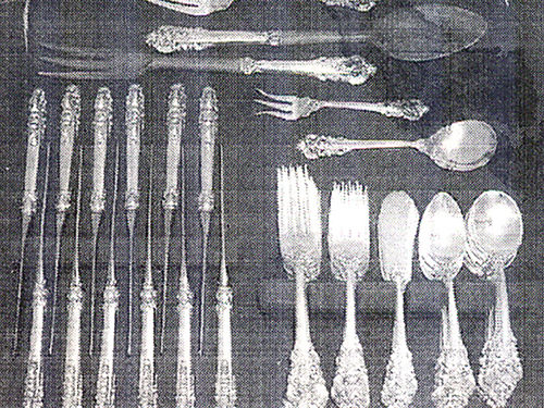 FLATWARE Wallace Grand Baroque Sterling pattern of 1941 service for 12 77pcs including 5 serving