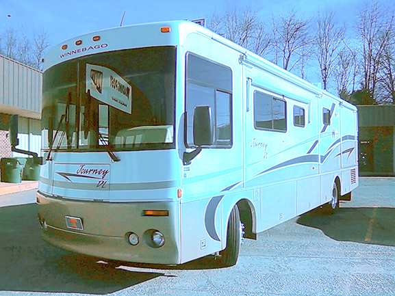 JOURNEY RV 365ft w350 Cummins 2slides low miles Arctic Pkg new Michelins flat-screen tv ga
