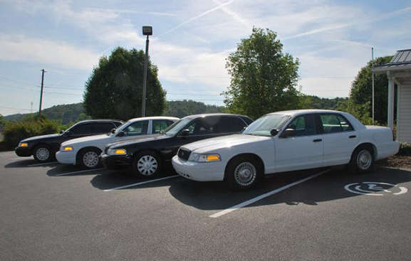 2000-2008 FORD CROWN VICTORIAS 8 to choose from all good paint most have new full police pkg sca