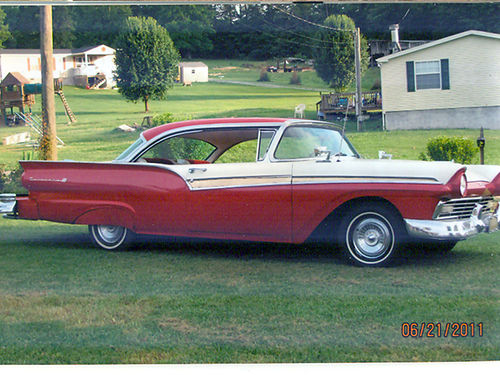 1957 FORD FAIRLANE 500 312 Thunderbird 2dr hardtop Continental kit completely rebuilt Owned for