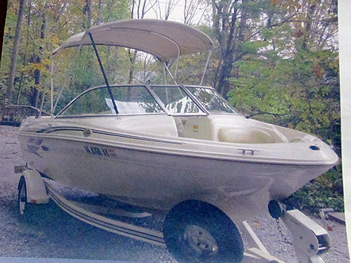 2001 BOAT SEARAY 18 Bow Rider 301 Alpha One 4cyl 135hp wtrailer spare tire 200hrs Sunbrella
