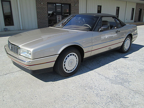 1992 CADILLAC ALLANTE convertible fully loaded 32K garage kept EC 24500 423-677-1308 423-817-22