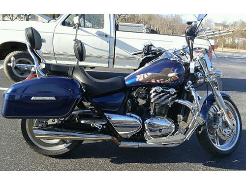 2012 TRIUMPH THUNDERBIRD Cruiser 9K miles blue  white pegs backrest 2 windshields many extras