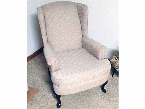 WINGBACK CHAIR upholstered very nice piece 20 obo 276-783-9382 or 276-780-7542