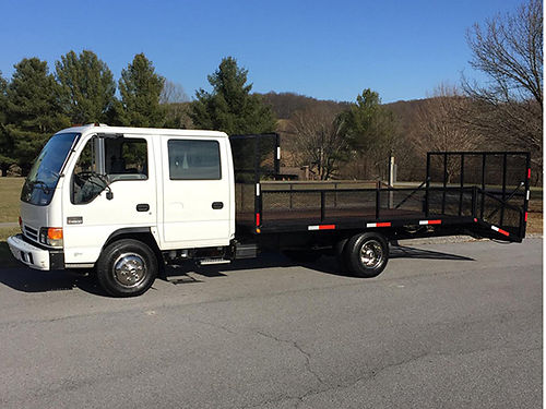 2003 CHEVROLETISUZU NPR Landscape truck quad cab 4cyl Isuzu diesel 4 door auto lots new parts