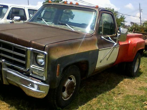 1979 CHEVY DUALLY 454 engine overhauled at 62694 miles solid and dependable work horse 2500 423-