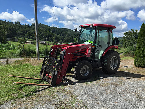 FARM TRACTOR Like New Mahindra 5010 4x4 Cab Air Loader Bucket Forks 246 Hours bought at Cox