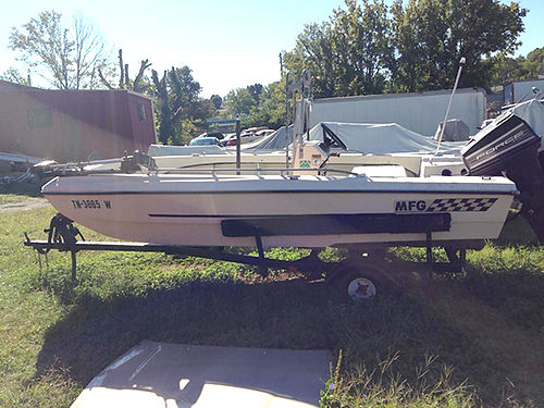 1972 GYPSY MFG fishing boat 15 ft 65 hp Force runs great 1250