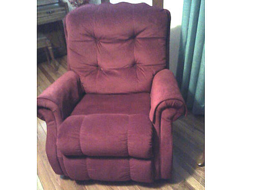 RECLINER FlexSteel electric recliner deep red fabric smoke free home EC 350 firm 423-257-5587 4