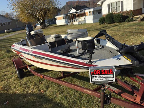 1993 HYDRA-SPORTS Z 255 15 12 ft Bass Boat w60hp Evinrude 3cyl outboard new carpet  flooring 45