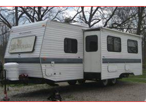 1997 FLEETWOOD Wilderness 30ft pull behind camper 1super-slide awning fridge microwave 3-way