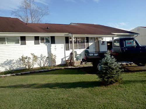 KINGSPORT TN 3BR 2BA with den 159x39 attached garage privacy fence plus fenced back yard extr