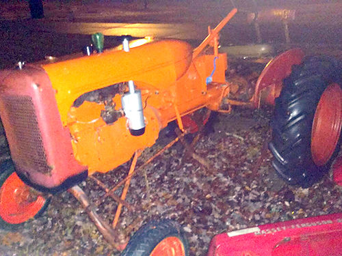 TRACTOR 1950 ALLIS CHALMERS B Series mowing sickle  plow runs good needs finish painting have p