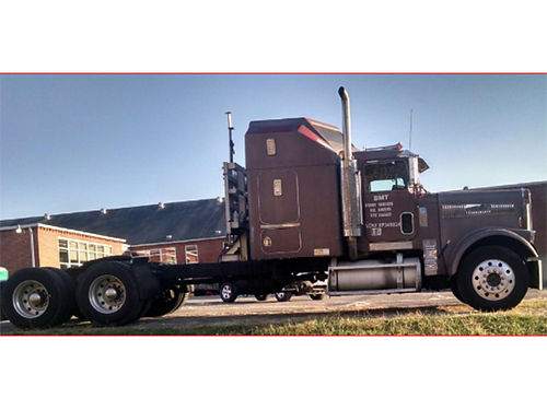 1989 FREIGHTLINER 425 CAT 9-Speed OD Heavy-Duty trans tons of new parts brakes shocks rearend
