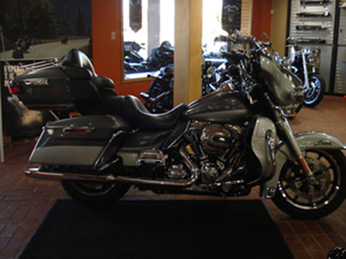 2014 HARLEY-DAVIDSON FLHTK Electra Glide Ultra Limited 1 owner Local trade in Great shape Call