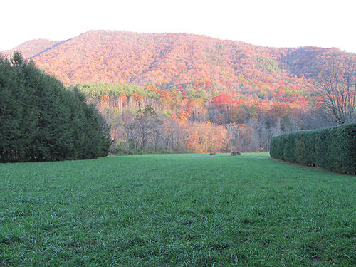 BUILDING LOT East Tenn overlooking Doe Mountain Recreational area 10 minutes fr