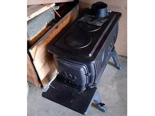 WOODSTOVE new bought from Tractor Supply paid 320 asking 150 firm 423-327-1261