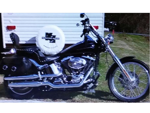 2005 HARLEY SOFTAIL Duece 1450cc Cruiser 5sp black lots of chrome 22K miles garage kept well