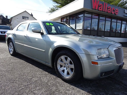 2006 CHRYSLER 300 Touring K3716A 7995 WALLACE USED CARS BRISTOL