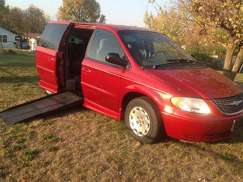 2002 CHRYSLER TOWN  COUNTRY Handicap van automatic remote ramp access red V6 auto fr air til