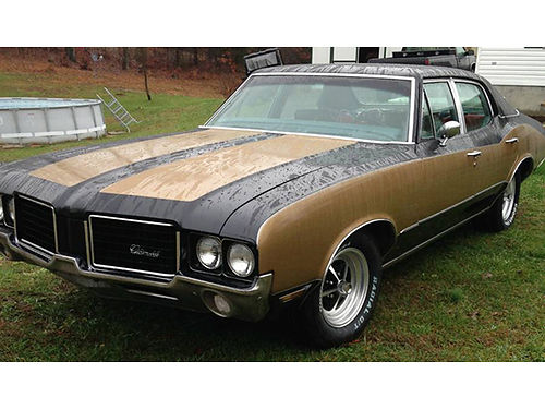 1972 OLDSMOBILE CUTLASS 350 Rocket Hurst black  gold 350 V8 auto completely rebuilt very solid