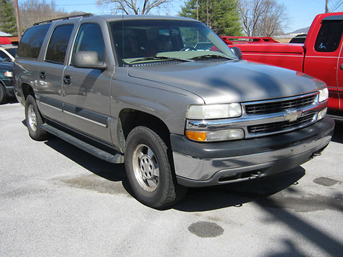 2003 CHEVY SUBURBAN champagne 4x4 seats 7 v8 auto all power STOUTS RIVERSIDE AUTO Elizabethto
