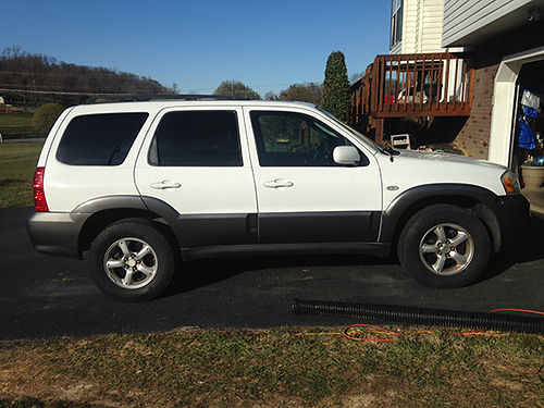 2005 MAZDA TRIBUTE 4x4 4 dr white psunroof pw pl CD leather tilt cruise tow hitch 2995