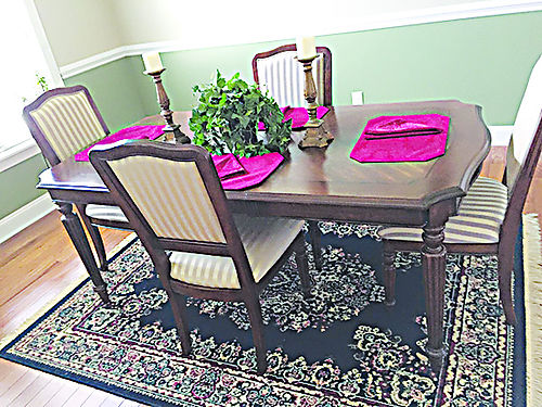 DINING ROOM TABLE  chairs like new condition never used 525 276-791-8919