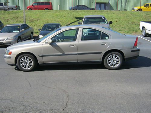 2003 VOLVO S-60 144800 miles leather sunroof loaded Cert Techs serviced new timing belt 30M