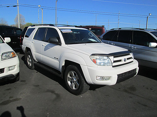 2004 TOYOTA 4RUNNER SR5 4x4 cloth interior low miles 1349A Was 12995 Now 11995 LIGHTNING AU