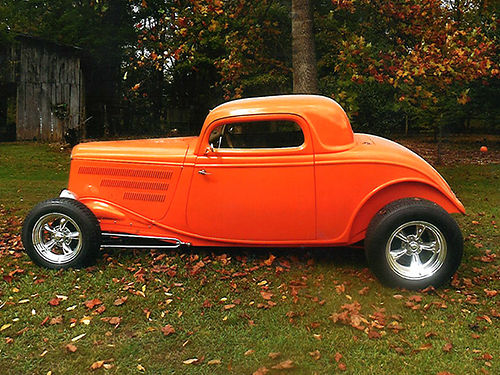 1933 FORD COUPE Professionally built off-frame restoration 125 miles Rats Glass orange body tan