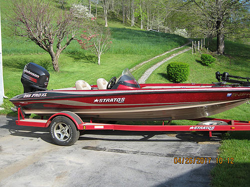 2004 STRATOS Pro 285-XL 186ft bass boat 150Hp Johnson trolling motor 2 Lowrance depth finders