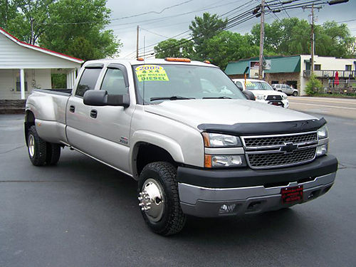 2005 CHEVY 3500 Crew Cab Dually 4x4 Duramax diesel Allison auto leather all power 6 new tires