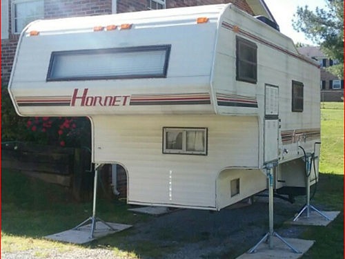 1989 HORNET Slide-In camper fits 34ton trucks with 8ft bed fully self contained new AC stove