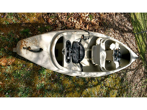 CANOE 14 2 seater made from very durable synthetic material very nice weighs 75lbs GC 325 423