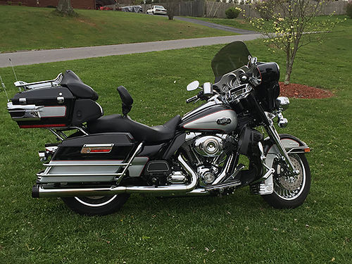 2010 HARLEY Ultra Classic 1000s in extras new rear tire disc brakes chrome all over from hand g