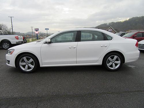 2014 VOLKSWAGEN PASSAT SE auto one owner local car all pwr power seats back up camera 15017A