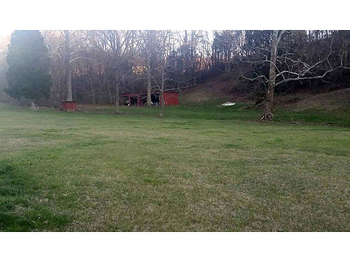 BLOUNTVILLE TN 63 beautiful acres with brick home Income property on hill Sh