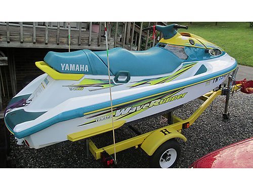 1998 YAMAHA jet ski One Owner Less than 50 hours 3-seater top speed 50mph trim acccessories cov