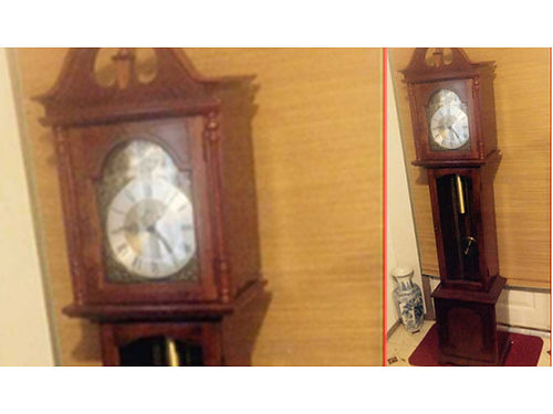 GRANDFATHER CLOCK Very Nice Ridgeway Face smoke free home 200 423-612-3519