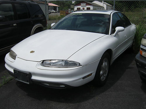 1996 OLDS AURORA white 4dr psunroof v8 auto loaded pw pl cd leather 1364 1000 TT AUTO S
