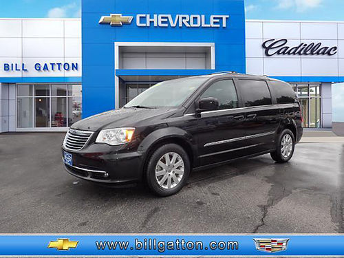 2016 CHRYSLER TOWN  COUNTRY Touring auto v6 2nd row buckets 3rd row bench leather entertainme