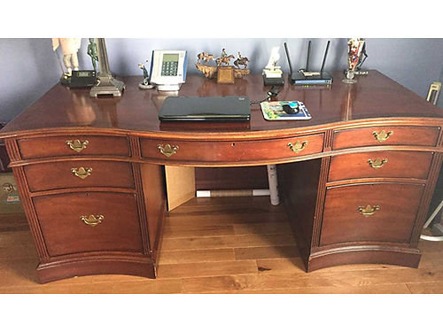 DESK Arnold palmer desk by Lexington cost 1200 asking 475 276-791-8919