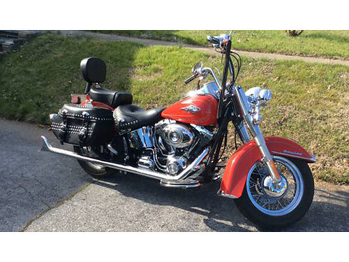 2010 HARLEY DAVIDSON Heritage Classic 7300 mi scarlet red lots of chrome factory detachable wind