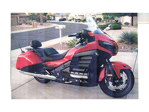 2013 HONDA GOLDWING FSB Deluxe perfect condition 10K miles lots of extras garage kept well main