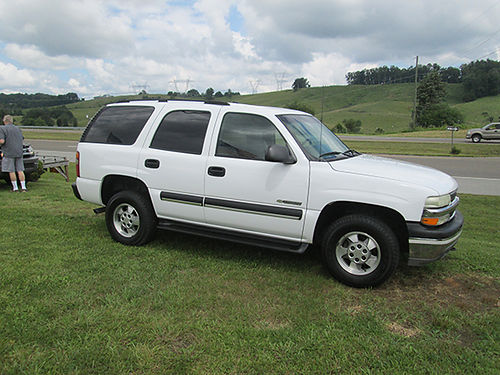 2003 CHEVY TAHOE 4x4 clean one owner awesome SUV 2648 6995 MR Ds AUTOMOTIVE Piney Flats TN